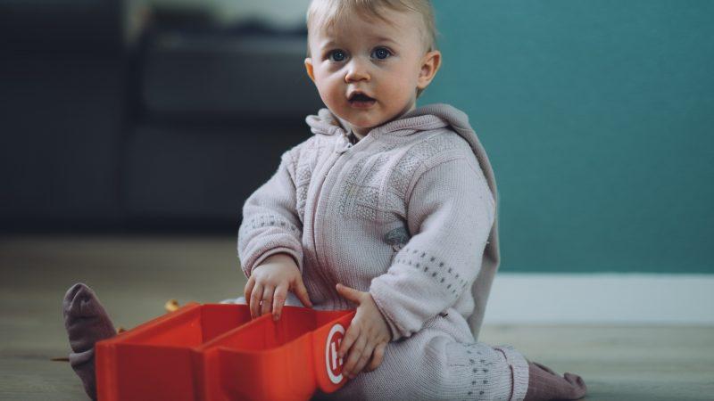 Comment entretenir des vêtements pour bébé?