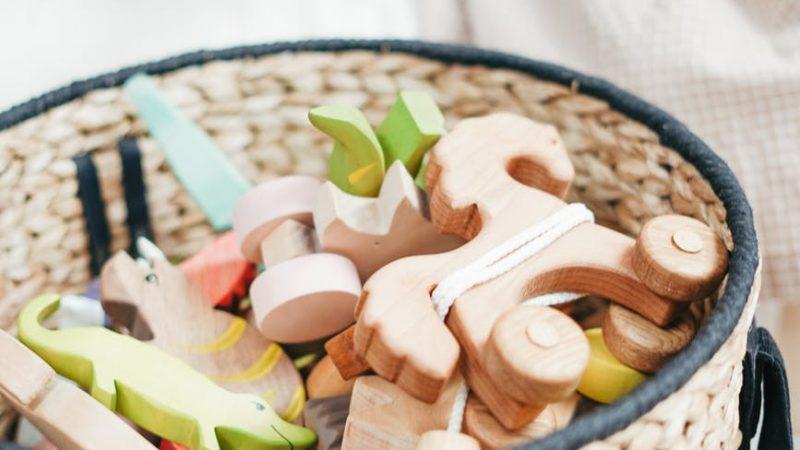 Quel entretien pour les jouets en bois de bébé ?