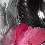 linge dans une machine à laver
